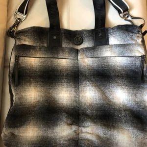 Lululemon Gym Black / White Wool Messenger Bag